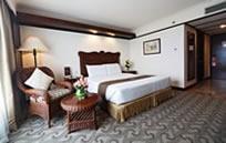 Waterfront Airport Hotel & Casino Mactan (ウォーターフロント エアポート ホテル&カジノ マクタン)