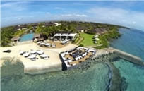 Crimson Beach Resort & Spa (クリムゾン ビーチ リゾート&スパ)