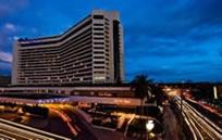 Dusit Thani Hotel Manila (デュシタニホテル マニラ)