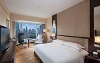 Hilton Shanghai (ヒルトン上海 静安/静安希尓頓飯店)