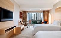 Hilton Singapore (ヒルトン シンガポール)