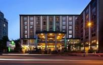 Holiday Inn & Suites Vancouver Downtown (ホリデーイン & スイーツ バンクーバー ダウンタウン)