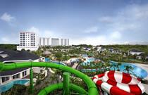 Jpark Island Resort & Waterpark Cebu (ジェイパーク アイランドリゾート&ウォーターパーク セブ)