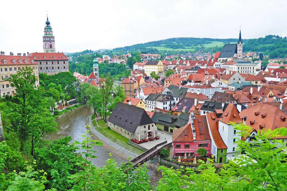 チェスキークルムロフ、世界で一番美しいと評されるその街角へ【チェコ】