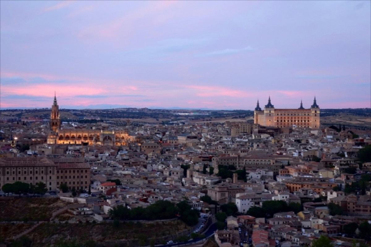 最大9連休!年末年始のひとり旅は、スペイン・バルセロナとマドリードのおいしいところ取り!
