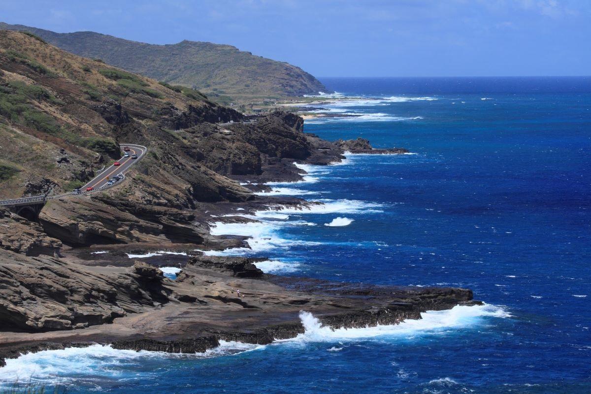 【オープンカーで行くハワイ】オアフ島東海岸の全米ベストビーチ、ローカルタウンをドライブ!