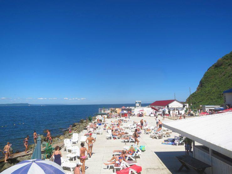 トカレフスキー灯台のビーチ