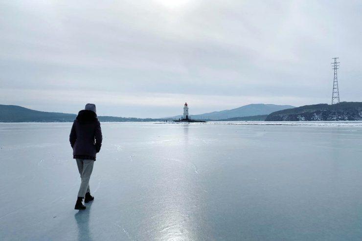 冬のトカレフスキー灯台