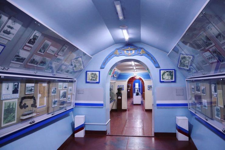 S56潜水艦博物館の資料室