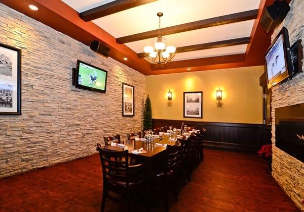 Barney's Pub & Grill