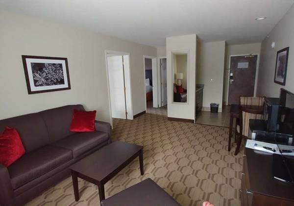 2 BDRM suite
