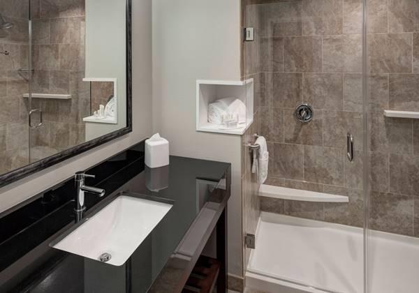 King Guest Bathroom - Shower