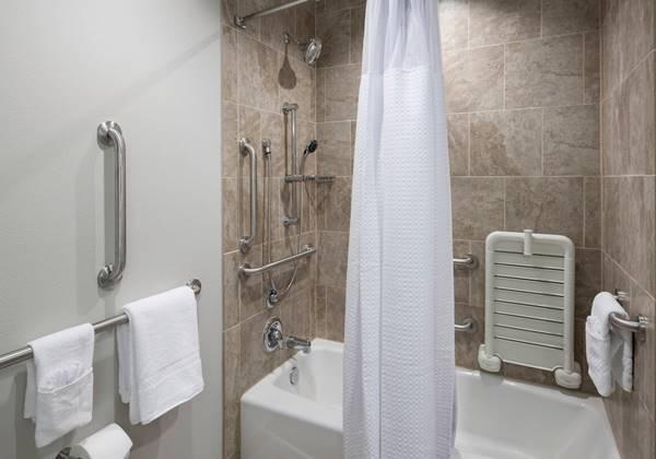 ADA Guest Bathroom - Tub
