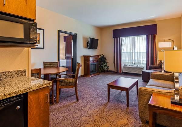 2 Room King Suite