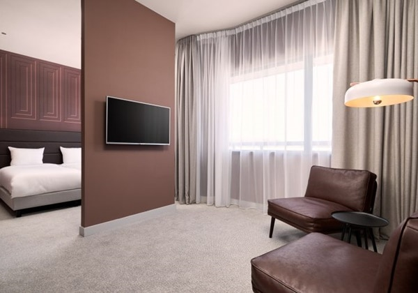 Plaza Junior Suite
