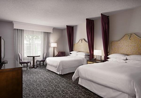 Premium Queen Queen Room