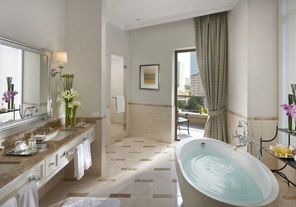 Mandarin suite room