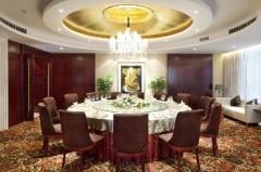 レストラン一室