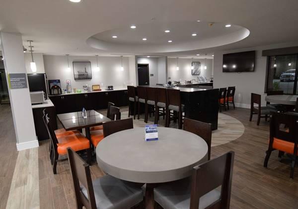 Breakfast Buffet Dining Area