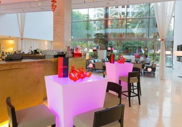 The Vibe Bar and Lobby