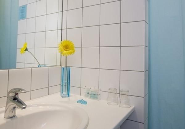 Berliner Hof Bathroom.