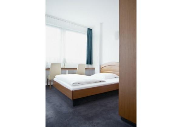 Berliner Hof Room Studio