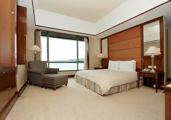 Pacific Executive Suite