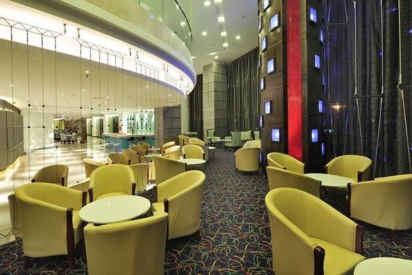 Rosewood Lounge