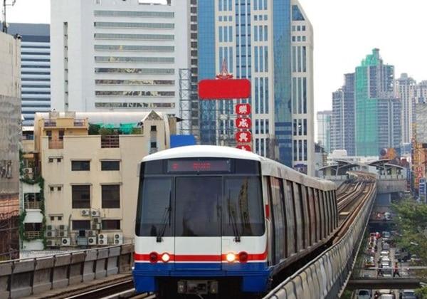 BTS Nana station~750meters