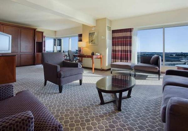 ONE BEDROOM EXECUTIVE SUITE PANORAMIC VI