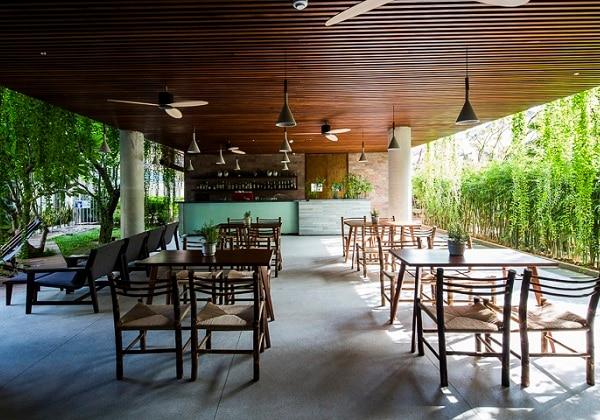 Euphoria Bar & Café