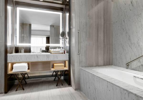 Bathroom - Executive Suite