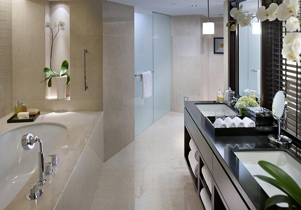 Oriental Suite King bathroom