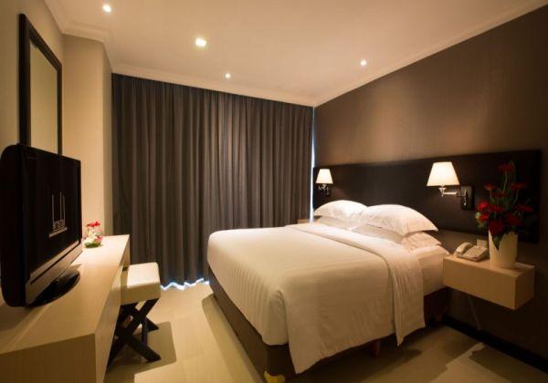 1 Bedroom Suite with Study