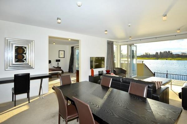 Quay Suite Lounge