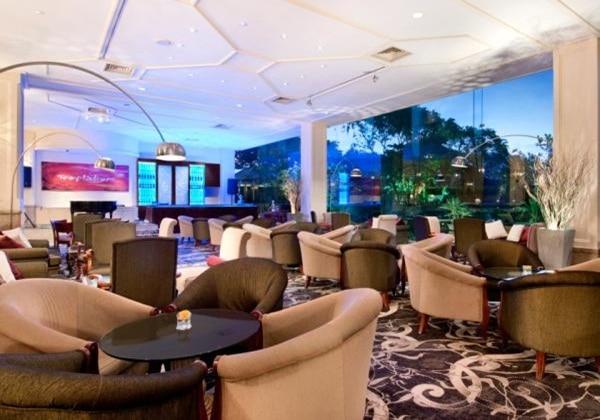 Thorana Lounge