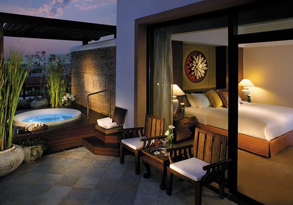 Premier Spa Room