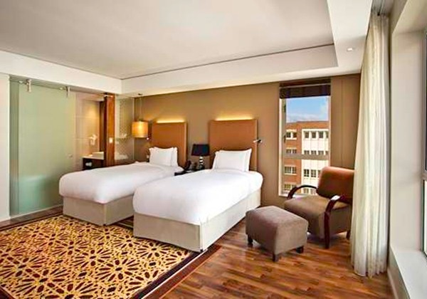 TWIN DELUXE ROOM WITH FREE WIFI