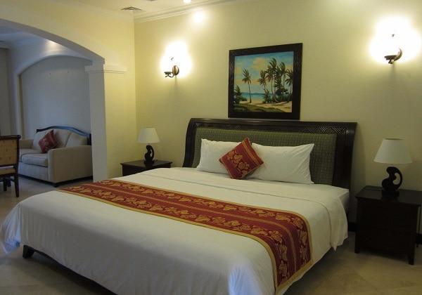 Condominium 1 Bedroom
