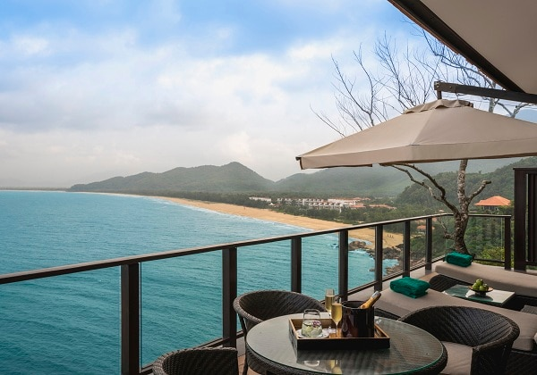 Three Bedroom Seaview Hill Pool Villa