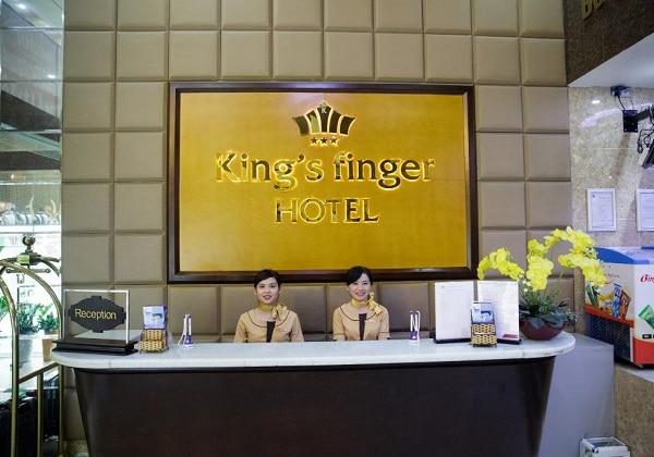 Lobby & Lounge