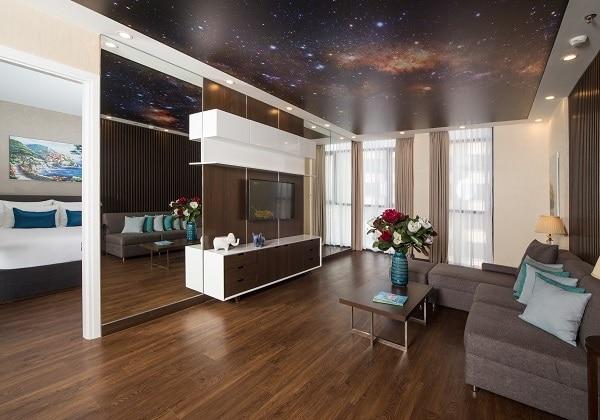 02-Bedroom Penthouse