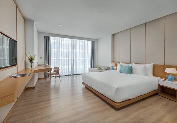 Premier Suite City View