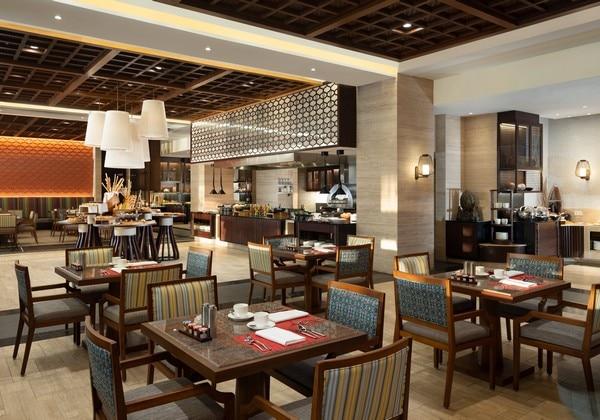 Conrad Pool Suite