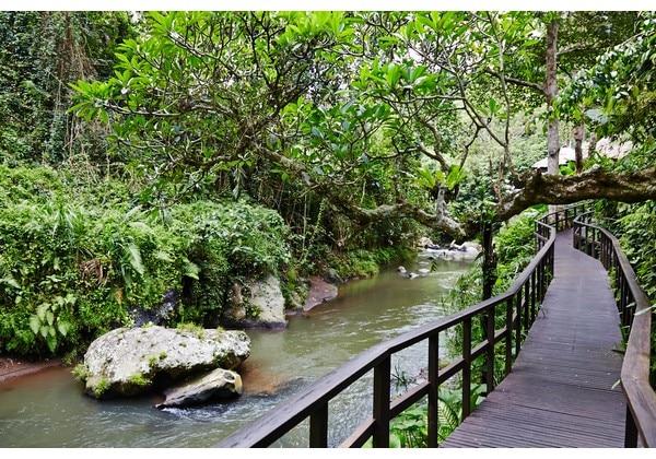 Resort River