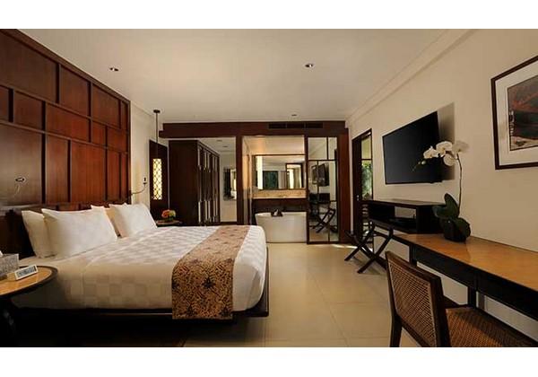 1 Bedroom Balcony Suite