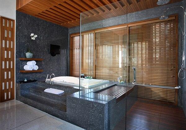1 Bedroom Royal Courtyard - Jacuzzi