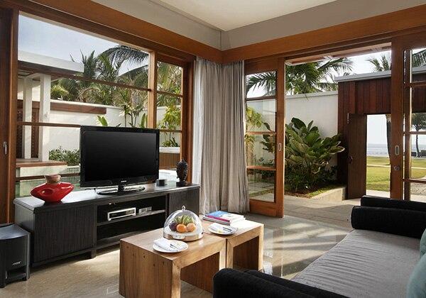1 Bedroom Royal Pavilion - Living