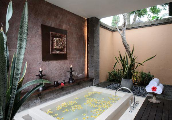 1Bedroom Pool Villa Bathtub