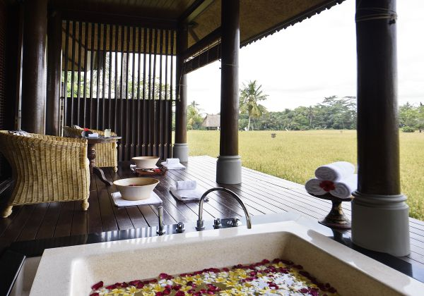 Spa Fitness-Spa Suite-Outdoor Bathtub